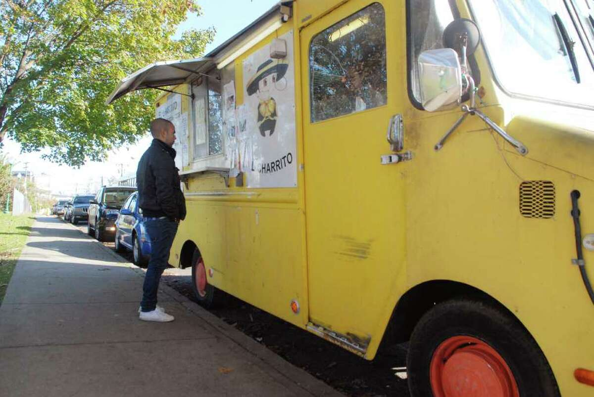 A trip to your favorite food truck can make for a fun, laid-back summer date. Better yet, find a food truck festival where you and your date can sample all different types of food. Click here for a list of great CT food trucks.