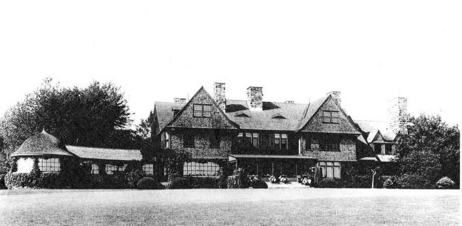 The H.O. Havemeyers built their country retreat, Hilltop, in 1890, on Palmer Hill Road, when there was a view of Long Island Sound. The architects were Peabody and Stearns of Boston. Photo: Greenwich Historical Society/Con