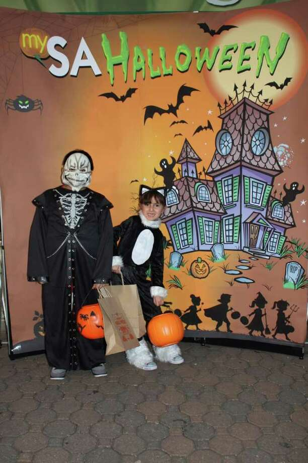 San Antonio Zoo Boo 2011 Photo: Express-News