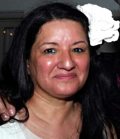 OTS/HEIDBRINK - Sandra Cisneros  at the Macondo reading event on 7/31/2009 at Casa Navarro. names checked photo by leland a. outz Photo: LELAND A. OUTZ, SPECIAL TO THE EXPRESS-NEWS / SAN ANTONIO EXPRESS-NEWS