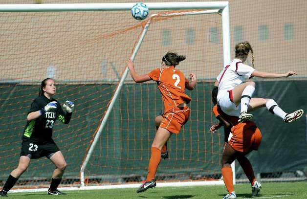 UT goal keeper Alexa Gaul stays in position to stop a shot on goal by Tech during the 2011 Big 12 Soccer Championship tournament at Blossom Soccer Stadium on  November 2, 2011.  Tom Reel/Staff Photo: TOM REEL, Express-News / © 2011 San Antonio Express-News