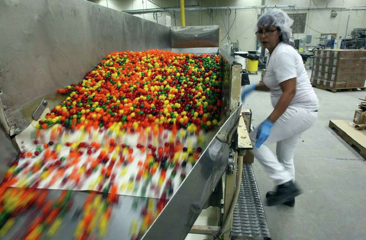 409: Number of U.S. establishments that manufactured nonchocolate confectionary products in 2010. These establishments employed 17,526 people. California led the nation in this category, with 49 establishments.