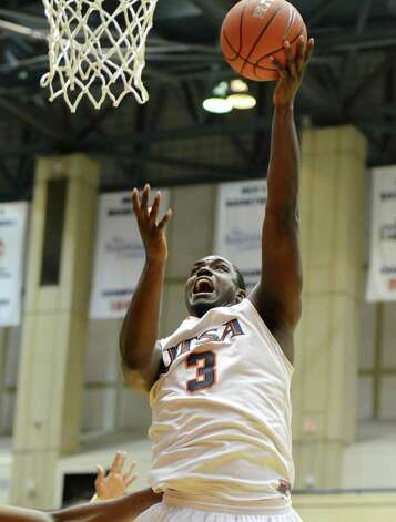 UTSA Roadrunners forward Larry Wilkins (3) takes a shot during a NCAA Men's Basketball  game between the UTSA Roadrunners and the Central Arkansas Bears in the UTSA Convocation Center in San Antonio, Texas on March 2, 2011  John Albright / Special to the Express-News. Photo: JOHN ALBRIGHT, Express-News / San Antonio Express-News