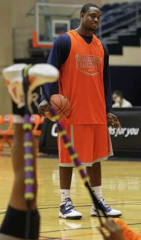 UTSA senior forward Larry Wilkins at practice Thursday November 3, 2011. Wilkins suffered a season-ending injury during summer workouts but the team still voted the Madison grad as team captain. JOHN DAVENPORT/jdavenport@express-news.net Photo: Express-News