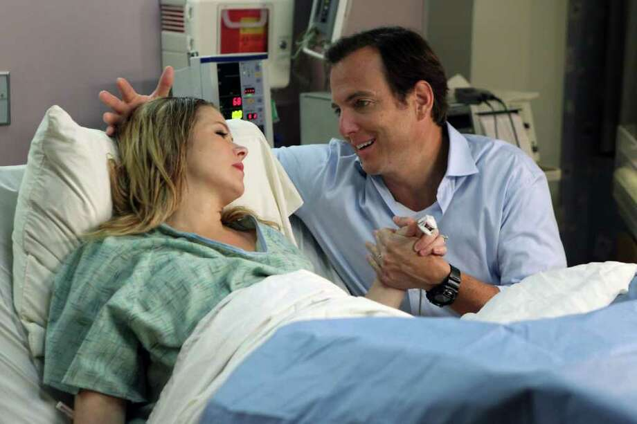 JUSTIN LUBIN : NBC MOMENT: Reagan (Christina Applegate) and Chris (Will Arnett) welcomed a little one into the world in Up All Night. Photo: Justin Lubin / © NBCUniversal, Inc.