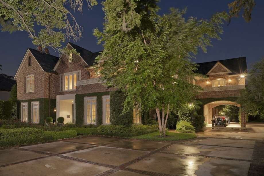 3825 Inverness Dr.
