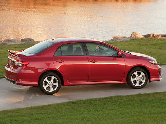 2012 Toyota Corolla S (photo courtesy Toyota) / 2010 Dewhurst Photography