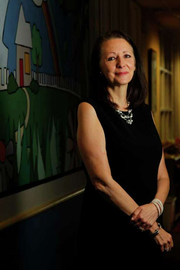 Mayra Beltran : Chronicle XXXXX: Elaine Stolte, Executive Director of the Children's Assessment Center, is featured in the Top Workplaces section on Tuesday, Sept. 27, 2011, in Houston. Photo: Mayra Beltran / © 2011 Houston Chronicle