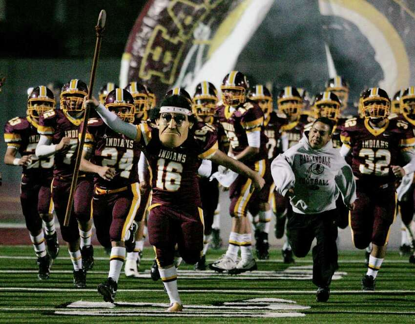 23. Harlandale Indians While the Indians lost their starting quarterback, they will return with running back Christian Villareal and tight end Jesse Sandoval. They went 6-5 last season and lost in the first round of playoffs.