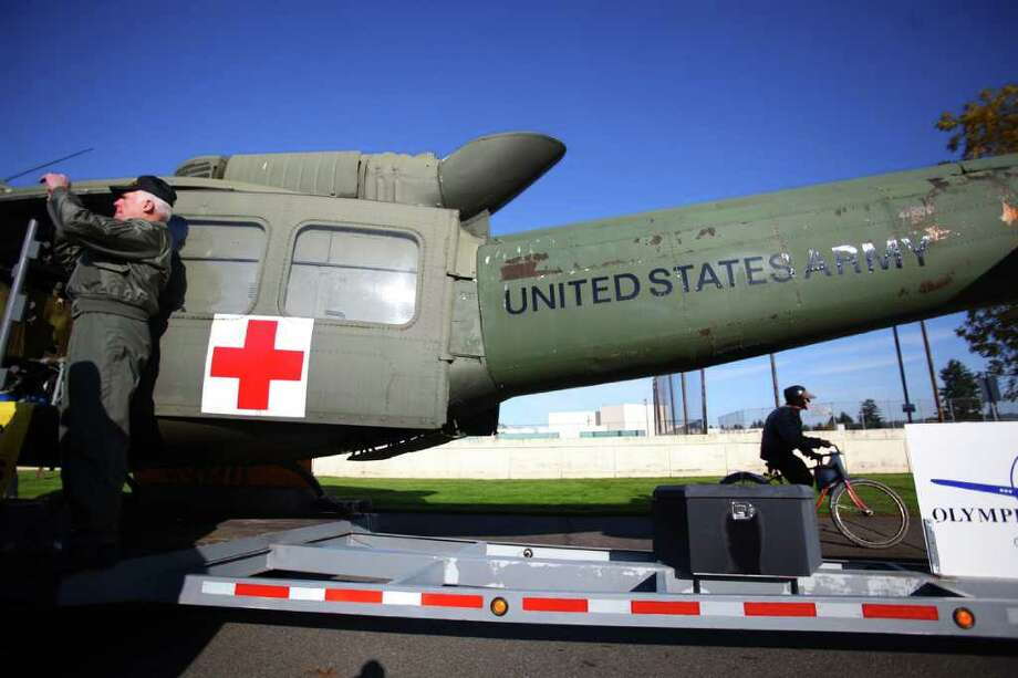The Vietnam War Helicopter Pilots Association entry is readied for the regional Auburn Veterans Day Parade. Photo: JOSHUA TRUJILLO / SEATTLEPI.COM