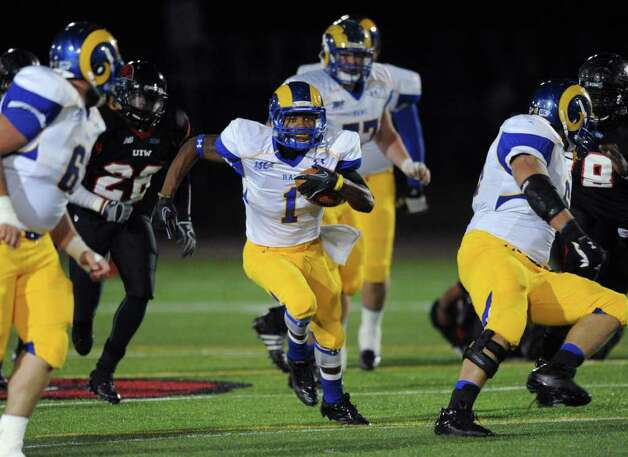 Paul Mason of Angelo State runs for a score against Incarnate Word during college football action at Benson Stadium on Saturday, Nov. 5, 2011. BILLY CALZADA / gcalzada@express-news.net  Angelo State at Incarnate Word Photo: BILLY CALZADA, Express-News / gcalzada@express-news.net