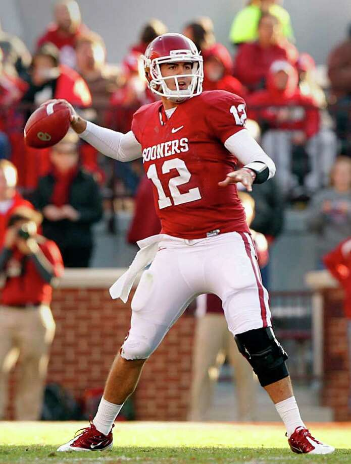 Oklahoma quarterback Landry Jones could cap his college career with a Heisman trophy. Photo: Tom Fox, McClatchy-Tribune News Service / Dallas Morning News