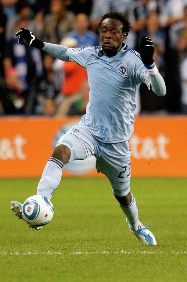 KANSAS CITY, KS - NOVEMBER 06: Kei Kamara #23 of the Sporting Kansas City moves the ball up the field against the Houston Dynamo in the second half during the MLS Eastern Conference Championship match at Livestrong Sporting Park on November 06, 2011 in Kansas City, Kansas. Photo: Kyle Rivas, Getty / 2011 Getty Images