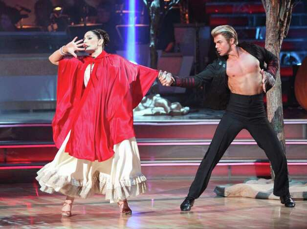 "DANCING WITH THE STARS - ""Episode 1307"" - An exciting Halloween-themed episode of ""Dancing with the Stars"" was filled with thrilling performances from the remaining six couples. Each pair lit up the ballroom floor with killer costumes and an electrifying dance to some of Halloween's favorite spooky tunes. The gripping 90-minute show aired MONDAY, OCTOBER 31 (8:30-10:01 p.m., ET), on the ABC Television Network. (ABC/ADAM TAYLOR) RICKI LAKE, DEREK HOUGH Photo: (ABC/ADAM TAYLOR), ABC / © 2011 American Broadcasting Companies, Inc. All rights reserved."