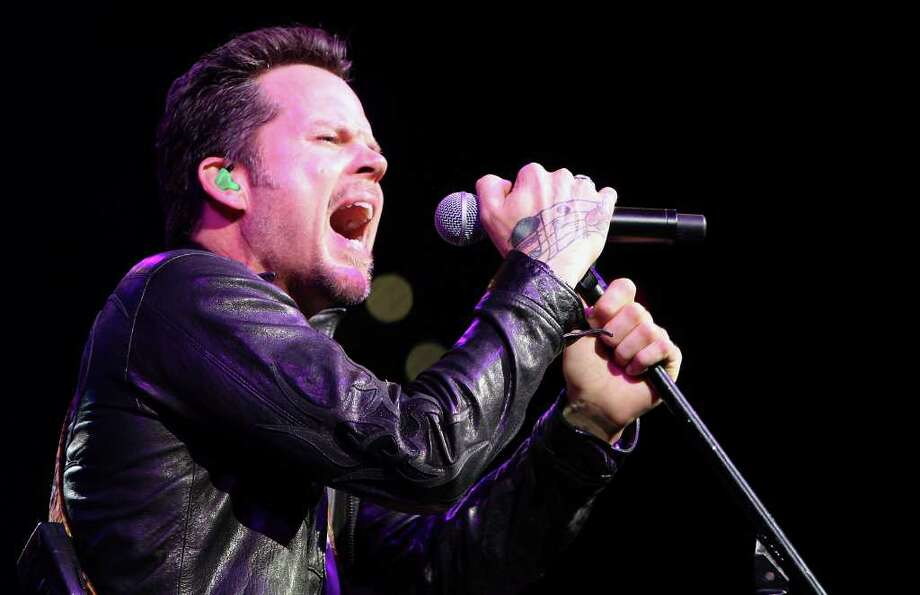 "Gary Allan will perform Friday at Cowboy Dancehall. Allan's ninth studio album, ""Set You Free,"" is set for release early next year. File photo Photo: EDWARD A. ORNELAS, SAN ANTONIO EXPRESS-NEWS / eaornelas@express-news.net"