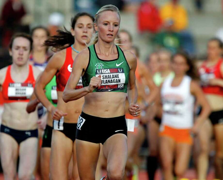 Shalane Flanagan pulled away early in June en route to winning her second U.S. women's 10,000-meter title. Photo: BRIAN DAVIES, THE REGISTER-GUARD / BRIAN DAVIES/The Register-Guard