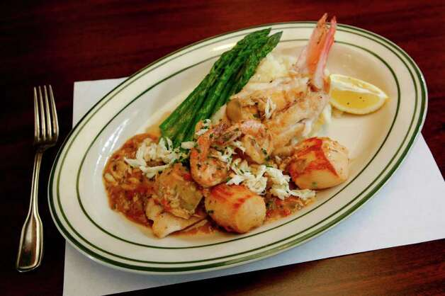 """McCormick & Schmick's Seafood RestaurantMultiple Houston-area locationsDate: Sunday, Nov. 10, 2019  """"Current and former military members and Gold Star families will be able to choose a complimentary lunch or dinner entrée from a special menu. Veterans must provide proof of military service. No ID needed for Gold Star Family members (parents or spouse).""""  Photo: Julio Cortez, Chronicle / Houston Chronicle"""