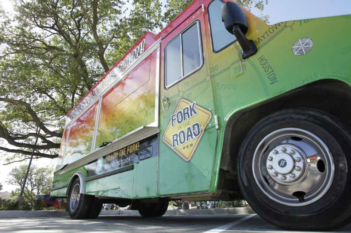 Melissa Phillip : Chronicle ON A ROLL: H-E-B's first food truck will be stationed in the new Montrose store's parking lot serving gourmet foods Fridays through Sundays.