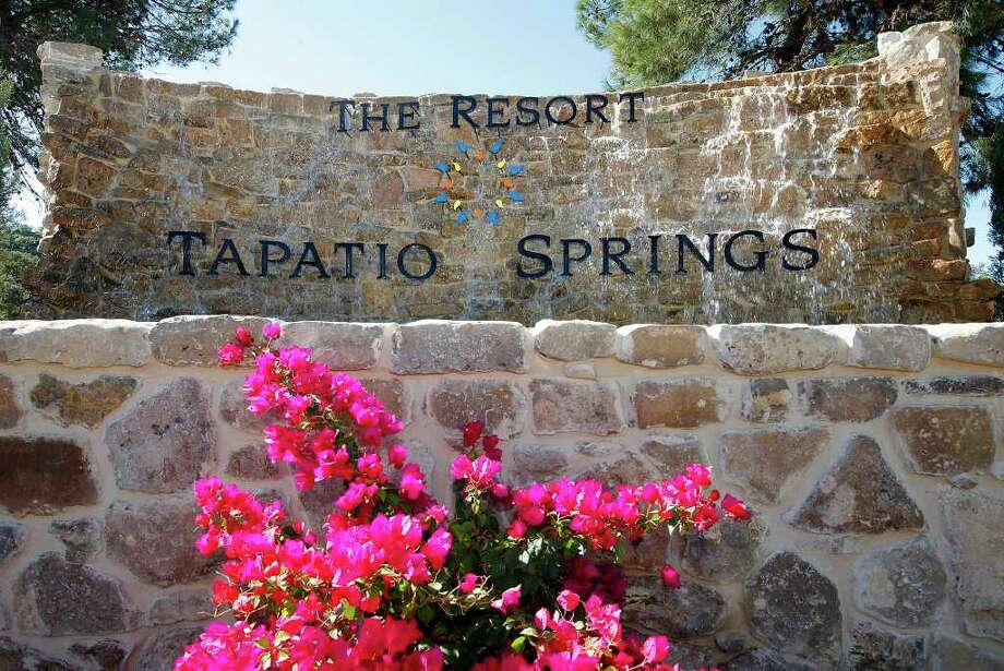 Resort at Tapatio Springs near Boerne is now under the management of country music star George Strait and business partner Tom Cusick, the resort has been updated and is ready for guests. Photo: Kin Man Hui, SAN ANTONIO EXPRESS-NEWS / San Antonio Express-News