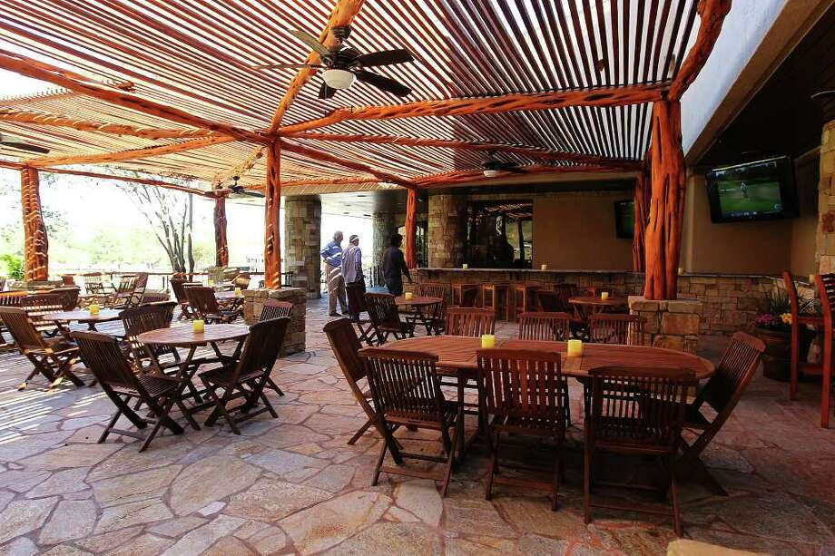 View of an outdoor patio at the newly renovated Resort at Tapatio Springs. Photo: Kin Man Hui, SAN ANTONIO EXPRESS-NEWS / San Antonio Express-News
