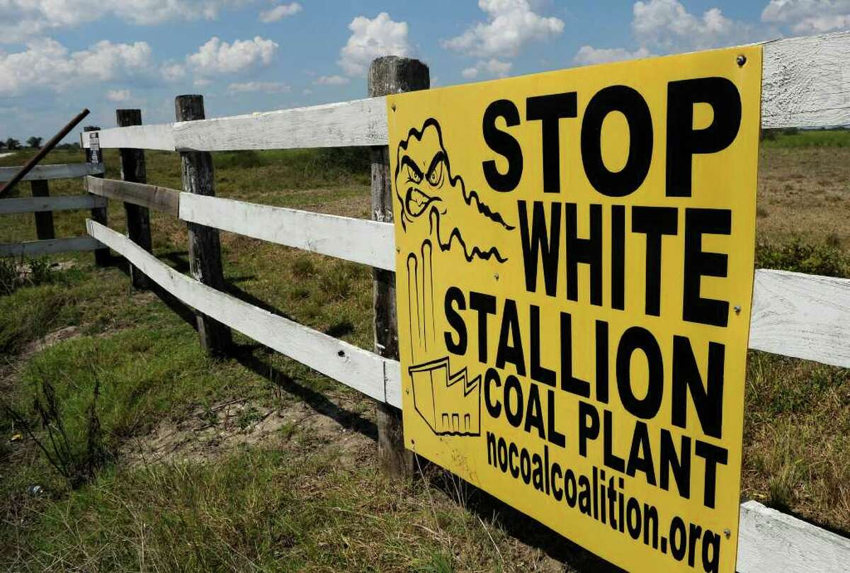 ASSOCIATED PRESS FILE CONCERNS HEARD: After critics objected to the large amount of water that would be used at the proposed White Stallion Energy Center in Matagorda County, company officials announced plans for a more expensive but less thirsty process at the coal-fired plant.