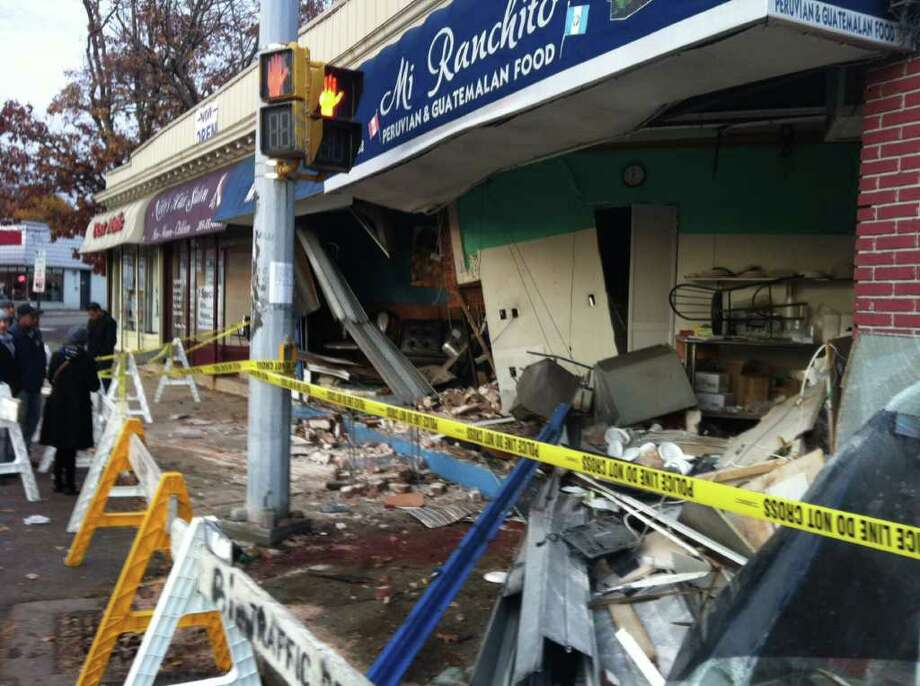 The Dart: Restaurant recovers from crash - StamfordAdvocate