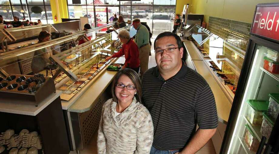Jackie and Dan Hernandez, owners of the Souper Salad at 10919 Culebra Road. Photo: Edward A. Ornelas / © SAN ANTONIO EXPRESS-NEWS (NFS)