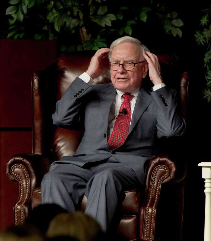 NATI HARNIK : ASSOCIATED PRESS 5.5 PERCENT: Billionaire investor Warren Buffett told CNBC on Monday that Berkshire Hathaway has bought 64 million shares of IBM since March. Photo: Nati Harnik