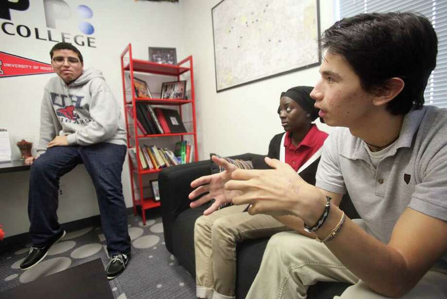 Graduation successAbout 59 out of every 100 public university students earn their degree within six years.About 28 out of every 100 public two-year college students earn their degree within six years. Photo: Mayra Beltran / © 2011 Houston Chronicle