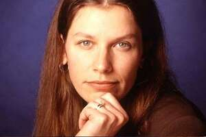 Carolyn Hax: My husband said I looked better naked when I was younger - Photo