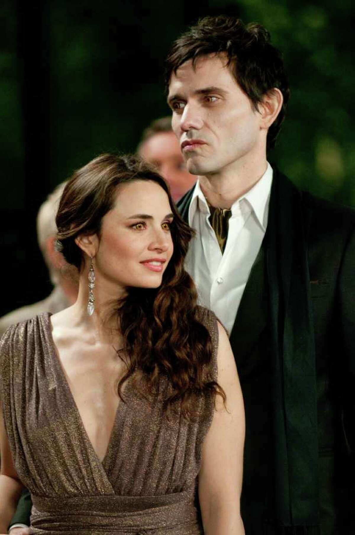 MIA MAESTRO and CHRISTIAN CAMARGO star in THE TWILIGHT SAGA: BREAKING DAWN - PART 1. Ph: Doane Gregory © 2011 Summit Entertainment, LLC. All rights reserved.
