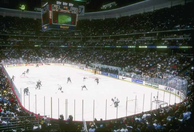 31 Jan 1997:  General view of a game between the Anaheim Mighty Ducks and the Hartford Whalers at Arrowhead Pond in Anaheim, California.  The Ducks won the game, 6-3. Mandatory Credit: Todd Warshaw  /Allsport Photo: File Photo / Stamford Advocate File Photo
