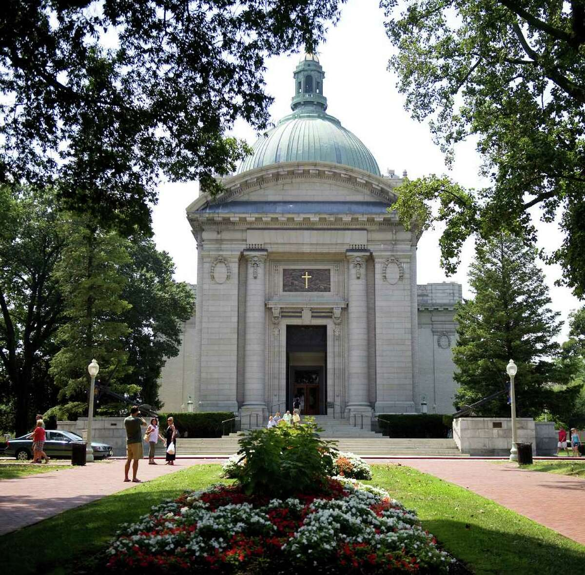 10. Annapolis, home of the U.S. Naval Academy is the nation's 10th-most-expensive major college town, with an average three-bedroom, two-bathroom house list price of $522,420, according to Coldwell Banker's 2011 College Home Listing Report.