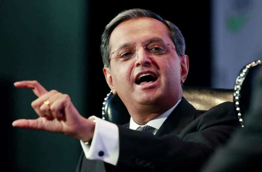 FILE - In this Nov. 7, 2011 file photo, Vikram Pandit, CEO of CitiGroup, speaks at the Securities Industry and Financial Markets Association annual meeting, in New York. Citigroup Inc. is considering plans to cut 3,000 or more workers as part of an ongoing effort to control expenses.  (AP Photo/Mark Lennihan, File) Photo: Mark Lennihan