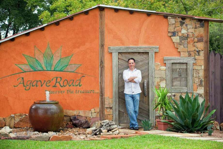 """TODD SPOTH : FOR THE CHRONICLE WEDDINGS AND MORE: Steve Livingston, general manager of Agave Road, says of the business, """"The difference here is that you're always dealing with happy people, with celebrations."""" Photo: TODD SPOTH / Todd Spoth"""