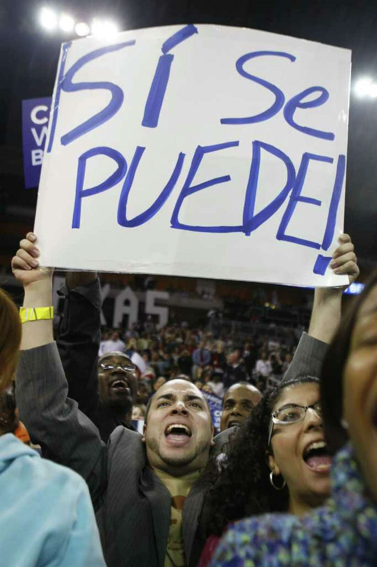 """""""Si Se Puede"""" shouts Jose Rivera before Barack Obama delivered a speech at the Toyota Center during sold out """"Stand for Change"""" rally on Tuesday, Feb. 19, 2008 in Houston, TX. Photo by Mayra Beltran / Chronicle"""