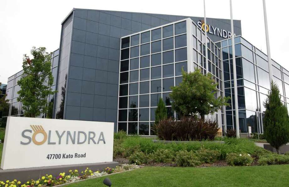 This photograph shows exterior view of Solyndra headquarters in Fremont, Calif., Thursday, Sept. 8, 2011. The FBI are executing search warrants at the headquarters of California solar firm Solyndra that received a $535 million loan from the federal government. (AP Photo/Paul Sakuma) Photo: Paul Sakuma / AP