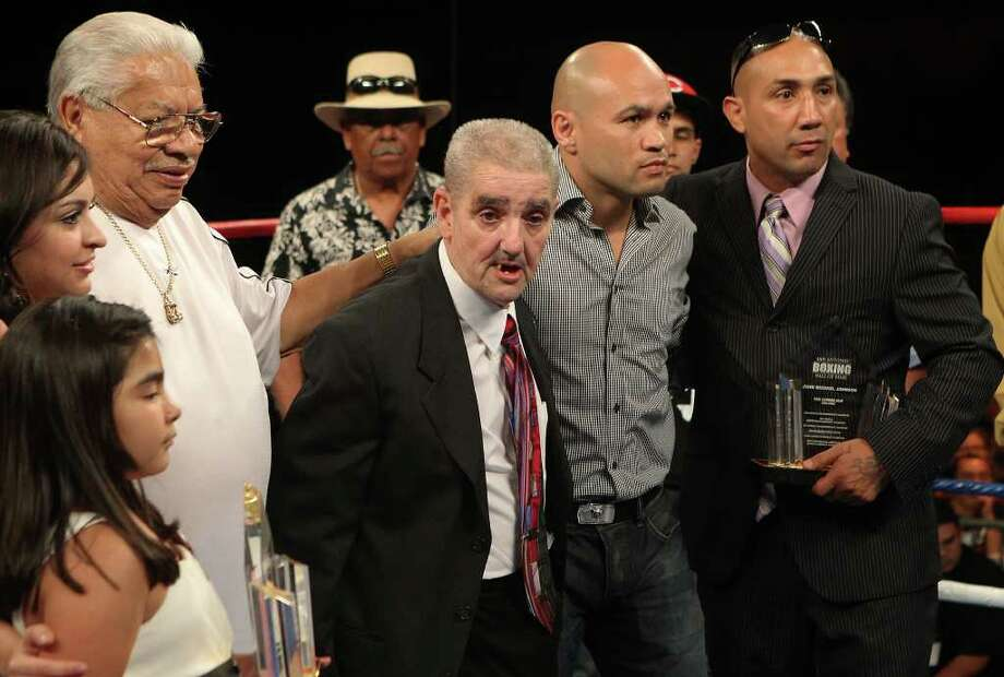 Local boxing legends John Michael Johnson (from right), Jesse James Leija, Joe Souza and Tony Ayala, Sr. appear during the ESPN Hall of Fame Fight Night to be honored into the San Antonio Boxing Hall of Fame on July 1, 2011. Kin Man Hui/kmhui@express-news.net Photo: KIN MAN HUI, SAN ANTONIO EXPRESS-NEWS / SAN ANTONIO EXPRESS-NEWS