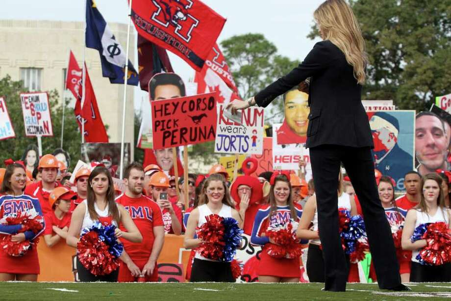 11/19/11: ESPN commentator Erin Andrews on the ESPN College GameDay set at Cullen Circle on the University of Houston campus, Friday, Nov. 18, 2011, in Houston. The national broadcast originated from UH in advance of the 11th ranked Cougars' game against SMU on Saturday. Photo: Thomas B. Shea, For The Chronicle / © 2011 Thomas B. Shea