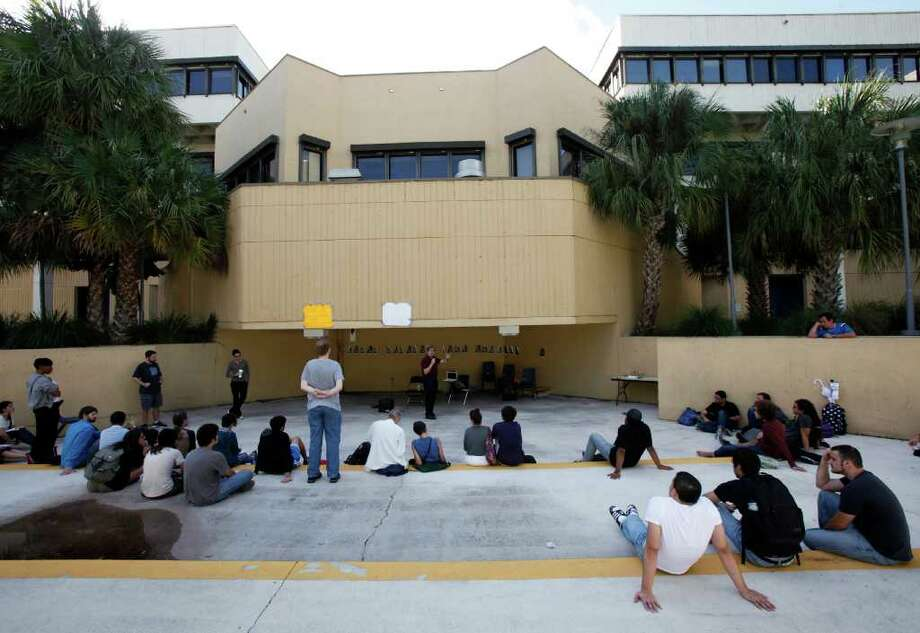 School: Florida International UniversityPopulation: 37,468Source: US News Photo: Wilfredo Lee