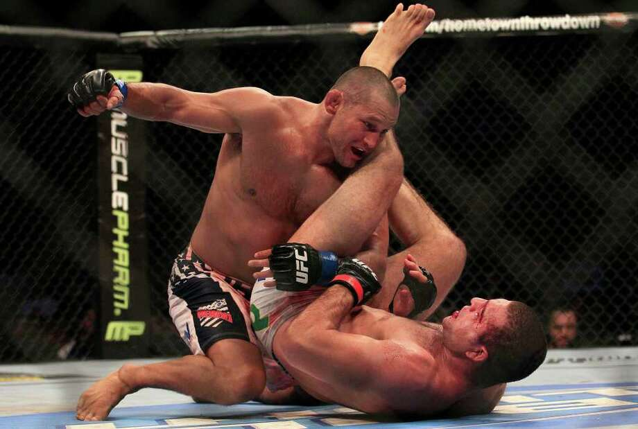 Dan Henderson, 41, won a unanimous decision over Mauricio Rua during UFC 139 in San Jose, Calif. Photo: AP