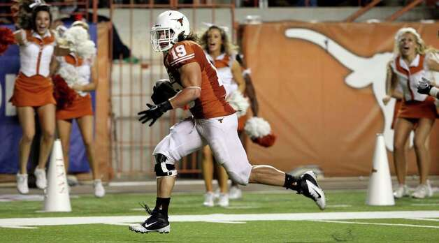 SPORTS   Tight end Blaine Irby runs in uncontested for the lone UT touchdown as Texas plays Kansas State at Royal Stadium  on November 19, 2011.  Tom Reel/Staff Photo: TOM REEL, Express-News / © 2011 San Antonio Express-News