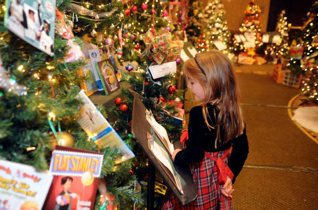 sweetness and sparkle at greenwich enchanted forest stamfordadvocate - Enchanted Forest Christmas Trees