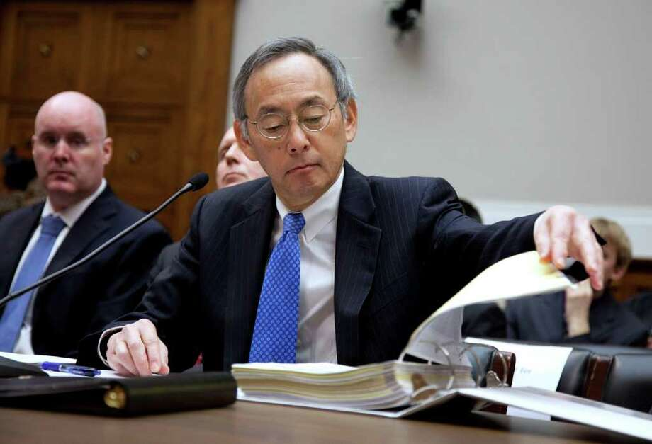 Energy Secretary Steven Chu testifies before a House panel on his decision to make now-bankrupt Solyndra the first recipient of a federal loan. Photo: EVAN VUCCI, ASSOCIATED PRESS