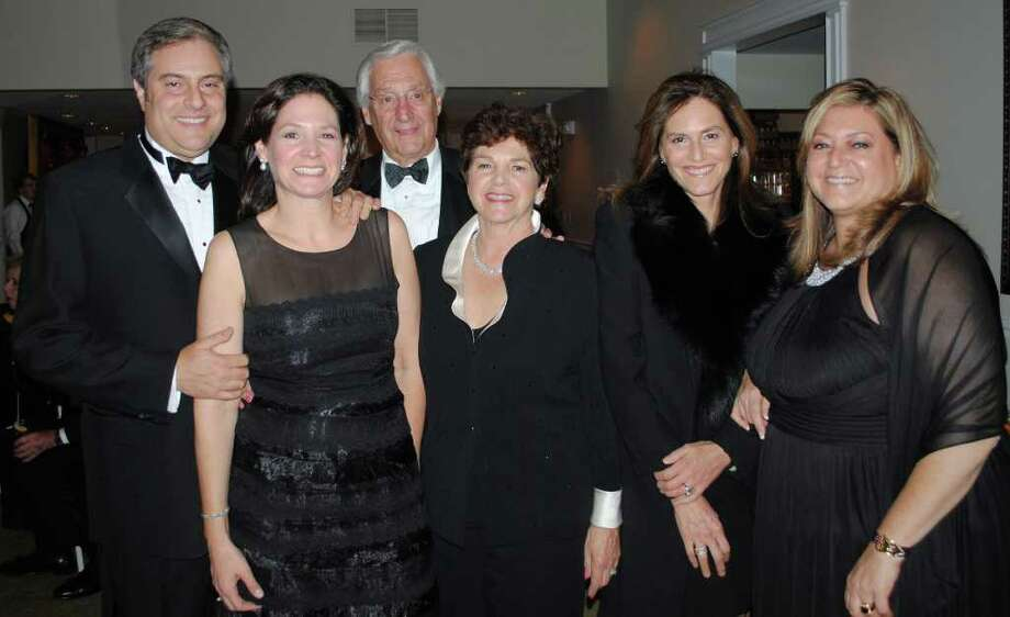 Dorothy and Frederick Freedman, of Weston, center, stands with, left to right, daughters Ellen Wilner and her husband Steve, Susan Filan and Janet Freedman. Dorothy Freedman was recently honored by The Jewish Home for the Elderly for volunteerism. Photo: Contributed Photo