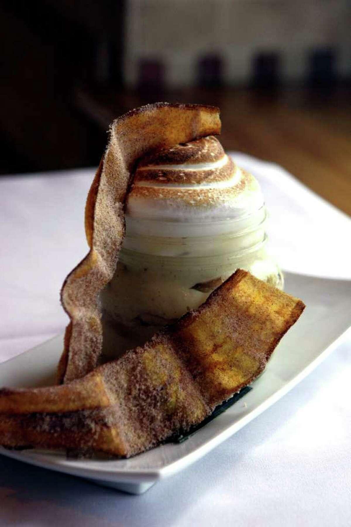 TASTE: Banana pudding from Drew's American Grill, photographed Monday Nov. 21, 2011. HELEN L. MONTOYA/hmontoya@express-news.net