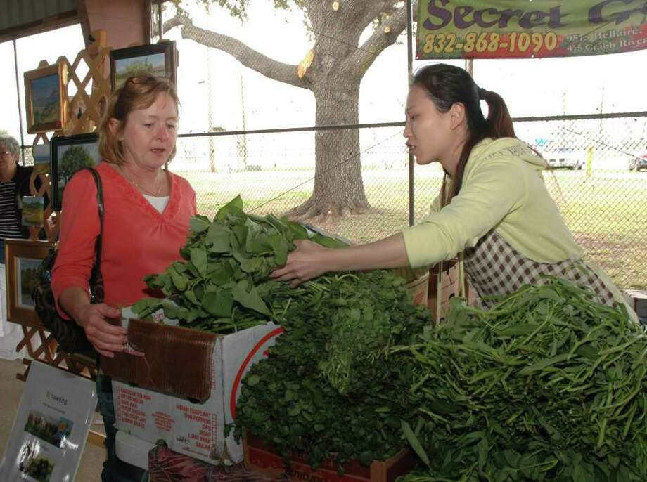 Farmers Market at Imperial Sugar LandWhen: Saturdays from 9 a.m.-1 p.m. beginning Feb. 20, 2016Where: 198 Kempner, Sugar LandWho's there:
