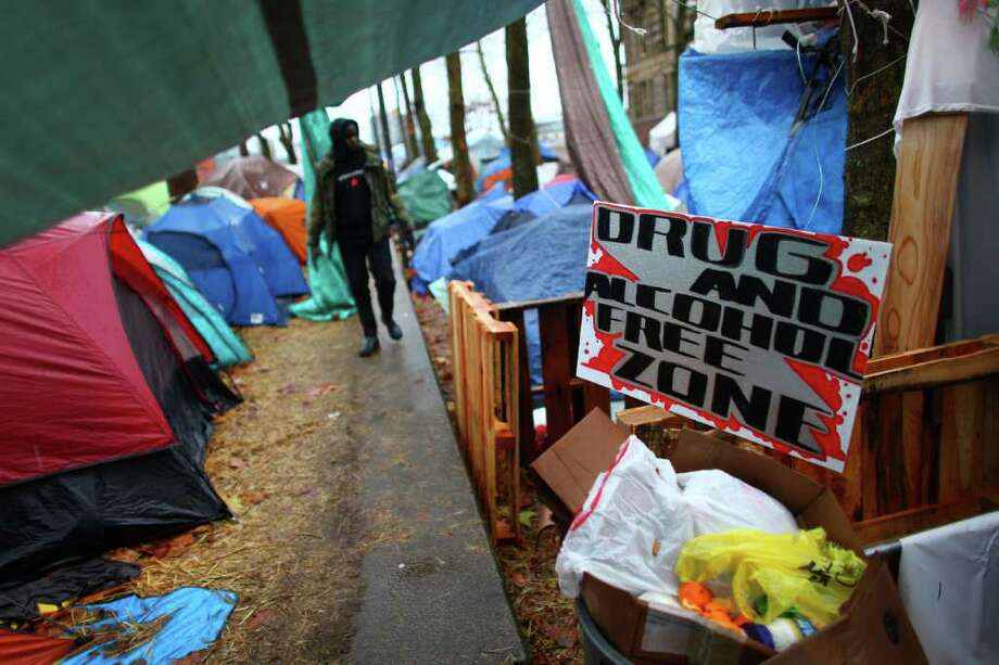 A sign discourages drugs and alchohol in the Occupy Seattle encampment at Seattle Central Community College. Photo: JOSHUA TRUJILLO / SEATTLEPI.COM
