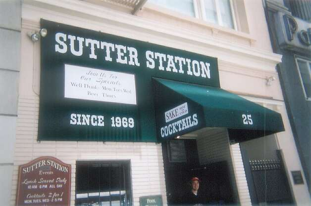 The drinks at Sutter Station are made to pack a punch. If you like some extra kick, as well, then get a Bloody Mary. It will put that spice in your life. Photo: Atxryan, Flickr