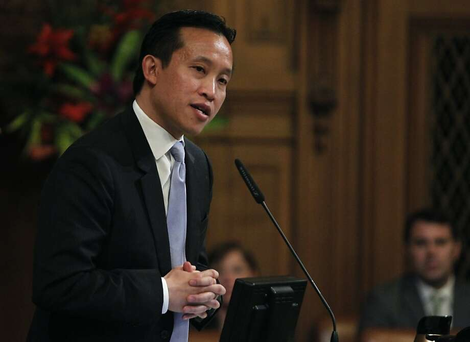 Supervisor David Chiu addresses fellow board members after he was re-elected as President of the Board of Supervisors at City Hall in San Francisco, Calif., on Saturday, Jan. 8, 2011. Photo: Paul Chinn, The Chronicle